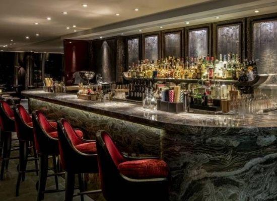 The bar at Shangri-La, The Shard