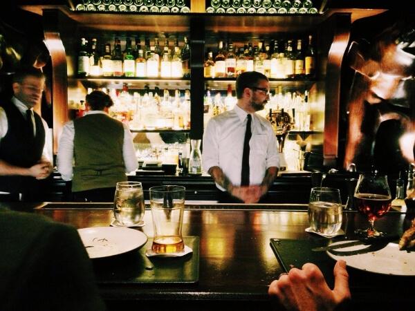 Bartender_behind_bar