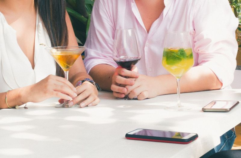 Photo for: 6 Mobile Applications For Your Love Of Spirits