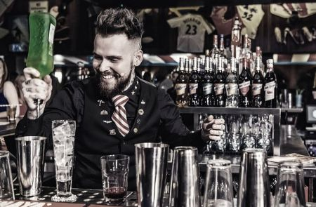 Photo for: UK's top bar talent to judge London Spirits Competition